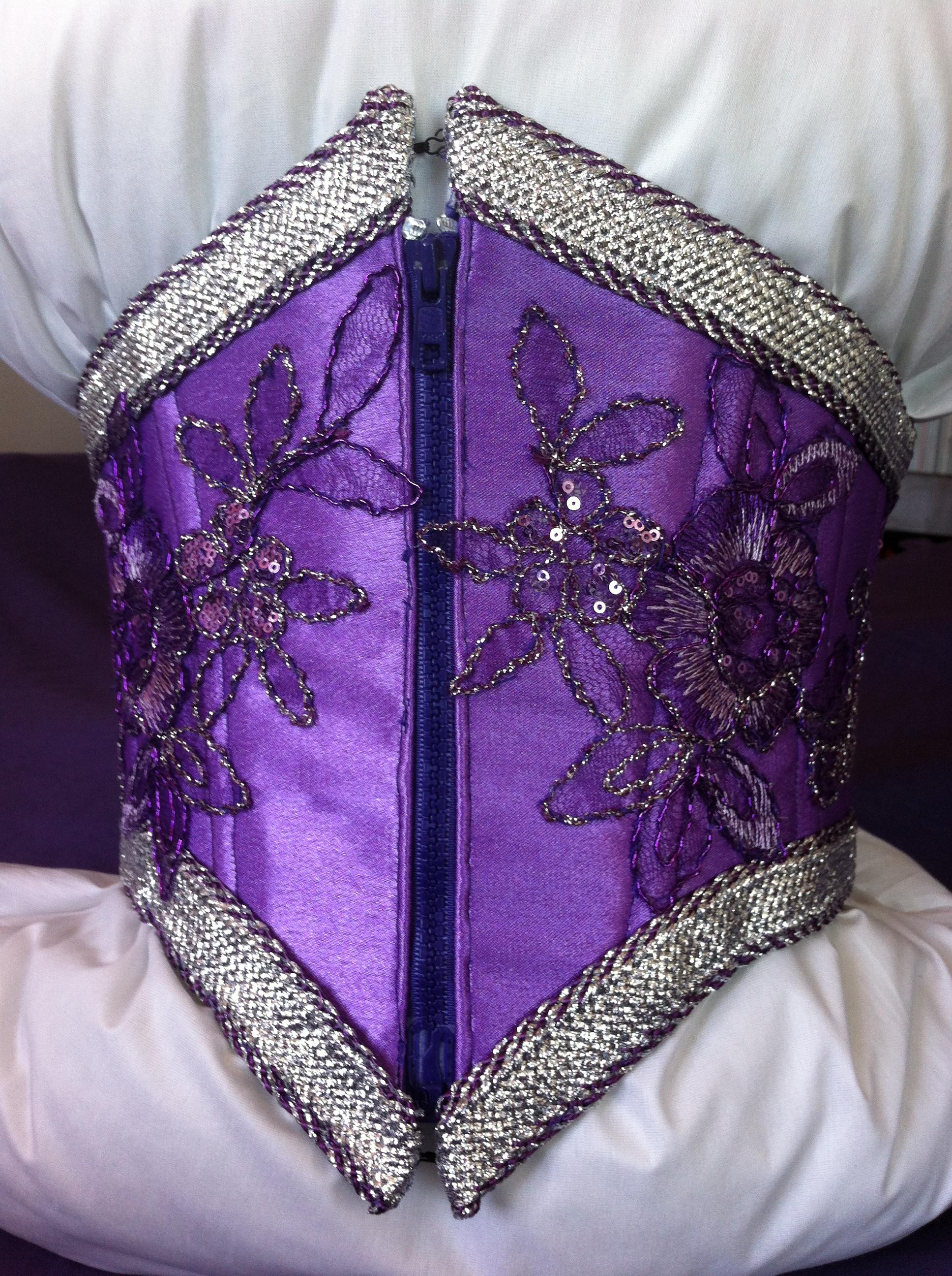 Serrage une dentelle corset